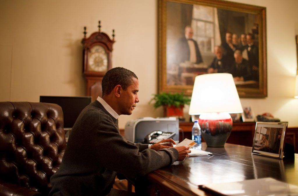 How To Build Reading and Writing Habits like Barack Obama